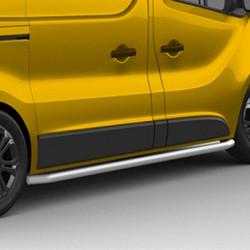 Sidebars Nissan PrimaStar gepolijst